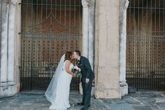 A Hollis Botanical Gardens Wedding - Kismis Ink Photography -- Wedding Blog - The Overwhelmed Bride