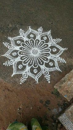 Rangoli Kolam Designs on Happy Shappy in Here you can find the most beautiful & Simple design, photos, images, free hand and more in Small & Large design Ideas Easy Rangoli Designs Videos, Indian Rangoli Designs, Rangoli Designs Latest, Rangoli Designs Flower, Rangoli Designs With Dots, Rangoli With Dots, Beautiful Rangoli Designs, Simple Rangoli Border Designs, Kolam Dots