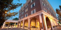 The Hanover Inn offers full-service, off-site catering during our renovation. Re-Opening in June, 2012 This Historic, Full-Service Hotel Overlooks the Dartmouth College Green, Features Two on-site Restaurants, a New Fitness Center, New, High-Tech Smart