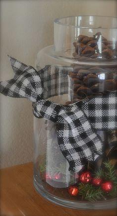 love the black/white gingham ribbon