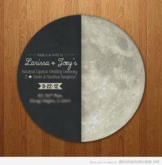 Invitación boda con forma de luna