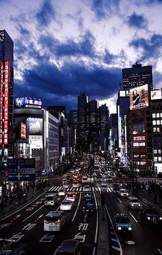 Downtown #Tokyo at dusk
