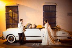 Nueva opción: tradicional y clásico coche para el transporte de los novios. Conexión Cartagena lo  organiza para ustedes. Cartagena, Transportation, Traditional, Boyfriends, Fotografia