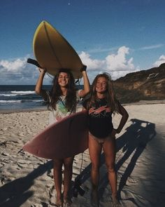 Barbados Surfing conditions are ideal for any level of surfer. Barbados is almost guaranteed to have surf somewhere on any given day of the year. Best Friend Pictures, Bff Pictures, Friend Photos, Surfing Pictures, Tumblr Summer Pictures, Bff Pics, Cute Pics, Cute Summer Pictures, Beachy Pictures
