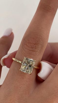 Radiant Engagement Rings, Engagement Ring Shapes, Diamond Cluster Engagement Ring, Ring Verlobung, 2 Carat Ring, Carat Gold, Wedding Rings, Wedding Band Sets, Jewelry Rings