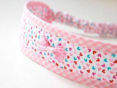 Tutorial fai da te: Come realizzare una fascia elastica per capelli via DaWanda.com