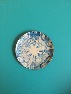 Round Decorative Tray by PeaceandPaintings on Etsy...everything is $10!