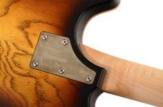 Nik Huber Twangmeister MN 2TB ist ein handgefertigtes Customshop-Modell aus der E-Gitarren Edelschmiede des deutschen Gitarrenbauers Nik Huber.