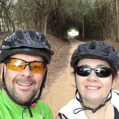 Túnel de árvores... Retomando o pedal. Day 01 #ExperimenteaPaz  #FEFT  #MeditarLiberta  22.99817.1363