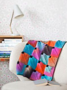 Neulo tilkkupeitto - Kotiliesi.fi Blanket, Helsinki, Knitting, Crochet, Tricot, Breien, Stricken, Ganchillo, Weaving