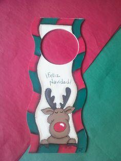 Picaporte Rudolph Merry Christmas Christmas Signs, Christmas Pictures, Merry Christmas, Pintura Country, Xmas Decorations, Door Hangers, Snowmen, Business, Ideas