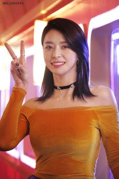 """ Hello Venus Nara - Mysterious Behind the Scenes MV Filming "" Asian Celebrities, Beautiful Celebrities, Nara, Korean Beauty, Asian Beauty, Beautiful Bollywood Actress, Girl Bands, Beautiful Asian Women, Korean Actresses"