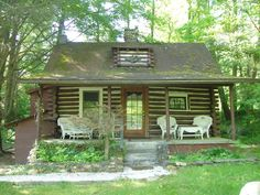 $125/night Asheville Vacation Rental - VRBO 445256 - 2 BR Smoky Mountains Cabin in NC, Unique Log Cabin Minutes from Downtown, Breweries, Parkway, Biki...