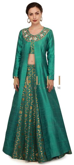 Teal green lehenga with neckline embroidered jacket only on Kalki Indian Wedding Gowns, Indian Dresses, Indian Outfits, Lehenga Designs, Kurta Designs, Blouse Designs, Jacket Lehenga, Green Lehenga, Brocade Dresses
