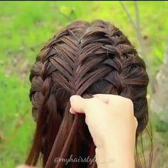 Super easy braided hairstyle idea by Hairdo For Long Hair, Long Hair Tips, Easy Hairstyles For Long Hair, Elegant Hairstyles, Prom Hairstyles, Protective Hairstyles, French Braid Hairstyles, Braided Hairstyles Tutorials, Updo Hairstyle