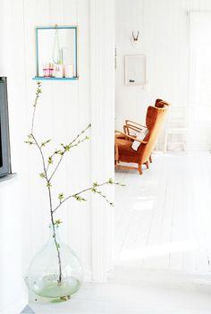 My white Scandinavian home. Splash of colors. - contemporain - Salle de Séjour - Other Metro - Jeanette Lunde Decoration Hall, Interior And Exterior, Interior Design, Home And Deco, Scandinavian Home, Beautiful Interiors, Home And Living, Interior Inspiration, Living Spaces