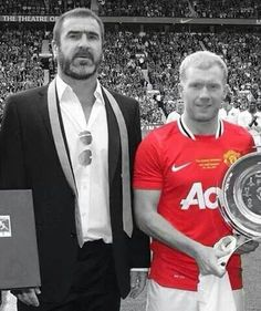 The Masters Eric Cantona & Paul Scholes. Manchester United Legends, Manchester United Players, Retro Football, Football Pictures, Eric Cantona, Football Design, Simply Red, Old Trafford, Fa Cup