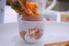 In my opinion you can't go wrong with good ole' fashioned egg and soldiers. However, whilst scouring Pinterest for mouth watering recipes at 11pm (I mean, who needs sleep?!) I spotted a snazzy upgrade on the breakfast classic that included asparagus and, wait for it - CHEESE.