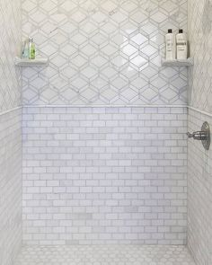 Tempesta Neve Polished Wheaton Marble Mosaic Tile - 12 x 15 in. - The Tile Shop