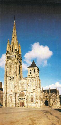 La basilique Notre-Dame, Le Folgoët (département du Finistère)