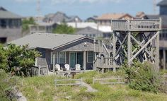 Fiddle BB: 3 Bedroom, 2 Bath - Pet Friendly - Oceanfront - Avon NC