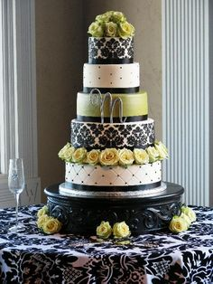 My wedding cake design- but navy and yellow.