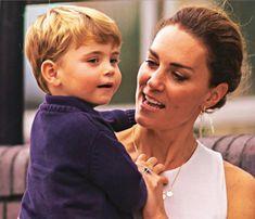 Prince William Family, Prince William And Catherine, William Kate, Princess Diana Hair, Princess Kate, Princess Charlotte, Duke And Duchess, Duchess Of Cambridge, Kate Middleton