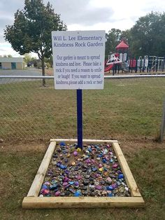 Kindness rock garden blooms inspiration in richmond School Projects, Diy Projects, Kindness Projects, Kindness Activities, Activities For Kids, Crafts For Kids, Sensory Garden, Preschool Garden, We Will Rock You