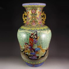 Superb Chinese Gilt Gold Famille Rose Porcelain Vase