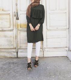 siiindrellla Modest Fashion Hijab, Street Hijab Fashion, Modesty Fashion, Casual Hijab Outfit, Abaya Fashion, Fashion Outfits, Muslim Women Fashion, Islamic Fashion, Hijab Style
