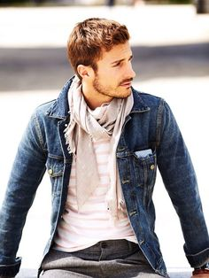 A casual look that's easy to pull off. #jeanjacket #scarf