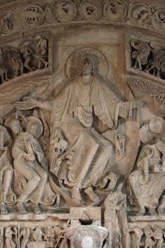 Photo of Vézelay Abbey (Basilique Ste-Madeleine): Central Tympanum: Christ