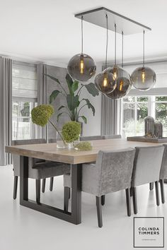 Woning Breda - Colinda Timmers Dining Table In Living Room, Dining Table Design, Beautiful Dining Rooms, Dining Room Inspiration, Dining Room Lighting, Home Decor Kitchen, Home Decor Furniture, Interior Design Living Room, Kitchen Remodel