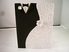 Cool wedding card. Gonna try to make this for the upcoming wedding.