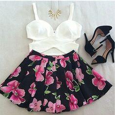 <3 dressy summer look.