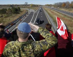 A Canadian Soldier salutes the hearse carrying the body of Cpl. Nathan Cirillo on the Veterans Memorial Highway in Ottawa on Friday Oct. 24 THE CANADIAN PRESS/ Patrick Doyle I Am Canadian, Canadian History, Meanwhile In Canada, Canadian Soldiers, Unknown Soldier, Canada Eh, Military Army, Army Brat, Remembrance Day