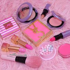 lipstick and makeup afbeelding