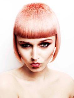 Akin Konizi hairdresser. London 2012. Moda # Vanguardia # Hair # Belleza.