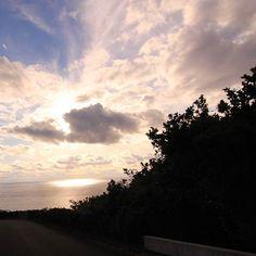 【sbabbbbb】さんのInstagramをピンしています。 《#八丈島 #離島 #伊豆諸島 #東京 #日本 #自然 #空 #風景#海#カコソラ#イマソラ#夕方 #夕日 #夕陽 #夕焼け #hachijo #hachijojima #japan #japantravel  #photo_jpn #sky #skyblue #sky_love #skylove #skylover #skylovers#sunset #sunsets #sunsetlovers #view》