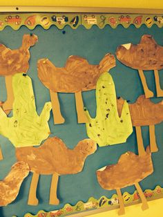 Desert camels (students cut out template and paint). And desert cactus. (Students cute out template, paint then add thin pieces of spaghetti as thorns) Desert Crafts, Sand Beach, Camels, Moose Art, Deserts, Spaghetti, Students, Template, School