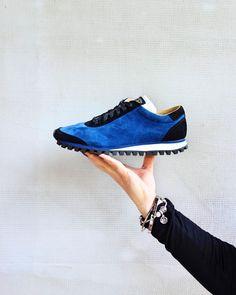 Ocean blue #zdapartizanske #shoes #sneakers #leather #leathersneakers #leathershoes #handmade #handmadeshoes #blue #shoeholic #shoelover