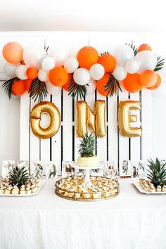 how to make an easy balloon arch – the cutest tropical themed party for a firs… how to make an easy balloon arch – the cutest tropical themed party for a first birthday 1st Birthdays, First Birthday Parties, Birthday Party Themes, Girl Birthday, Birthday Ideas, Balloon Birthday, Simple Birthday Decorations, Tropical Party Decorations, Birthday Celebration