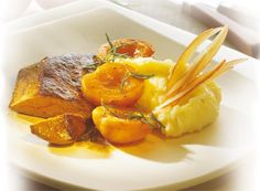 Pan-Fried Goose Foie Gras with Rosemary Apricots and Mashed Potatoes
