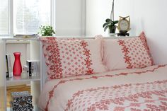 Patricia Queen Size Bedding Set by Mauve Binchely by MBhomedecor, $64.90