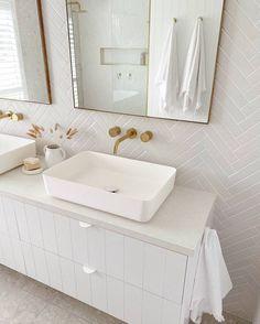 Bathroom Inspiration, Interior Inspiration, Bathroom Ideas, Double Vanity, The Beach People, Bathroom Interior Design, Decor Interior Design, Interior Decorating, Interior And Exterior