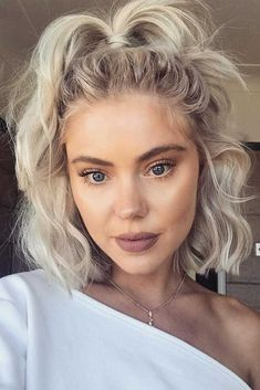 Long Bob Hairstyles to Try Now – Hairstyles - Hair Styles Cute Simple Hairstyles, Bob Hairstyles For Fine Hair, Short Hairstyles For Women, Summer Hairstyles, Easy Hairstyles, Hairstyle Ideas, Short Hair Ponytail Hairstyles, Choppy Bob Hairstyles Messy Lob, Wavy Lob