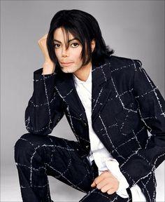 Various Photoshoots / Andre Rau Photoshoot - Michael Jackson Photo - Fanpop Michael Jackson Poster, Michael Jackson Wallpaper, Michael Jackson Photoshoot, Michael Jackson Images, Sony, Jackson Music, Jackson Bad, Michael Love, Italian Men