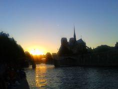 NOtre Dame de Paris / Paris