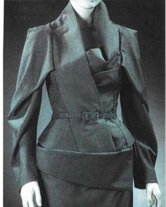 Although this piece is contemporary it has a Dior 'New Look' vibe about it. I love the interesting pattern cutting details.  _____________________________________ PICTURE: via Pinterest #sculptural #newlook #dior #jacket #waist #patterns #patterncutter #patterncutting #newbrand #newbusiness
