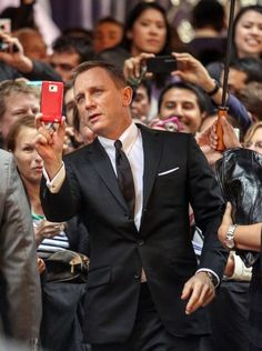 Daniel Craig Photo - Daniel Craig attending the premiere of new James Bond film 'Skyfall' at the State Theatre in Sydney